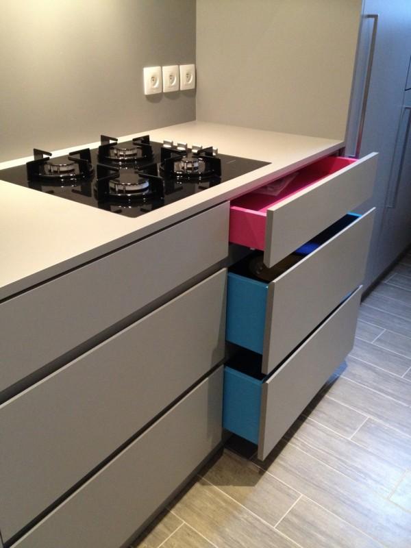 une cuisine sifferlin sous les rampants sifferlin menuiserie pro positive. Black Bedroom Furniture Sets. Home Design Ideas