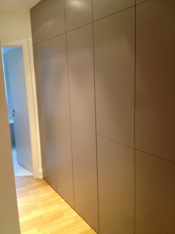 habillage astucieux d un couloir du sur mesure la hauteur sifferlin menuiserie pro positive. Black Bedroom Furniture Sets. Home Design Ideas